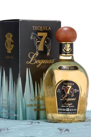 7_Siete_Leguas_tequila_Anejo_bottle_shot