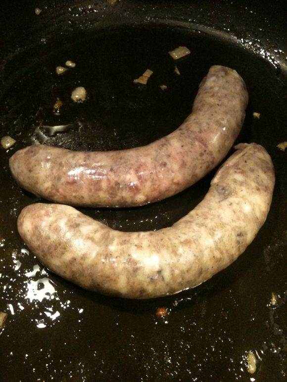 What's for Dinner: Saucisse de Sanglier (Wild Boar Sausage) and Peppers